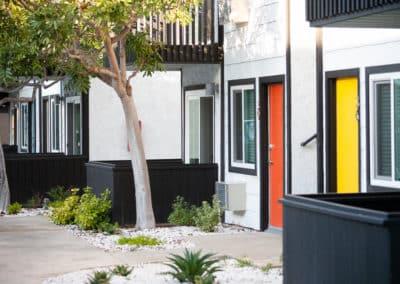 Cheerful & charming apartment units